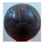 balón de fútbol vintage color